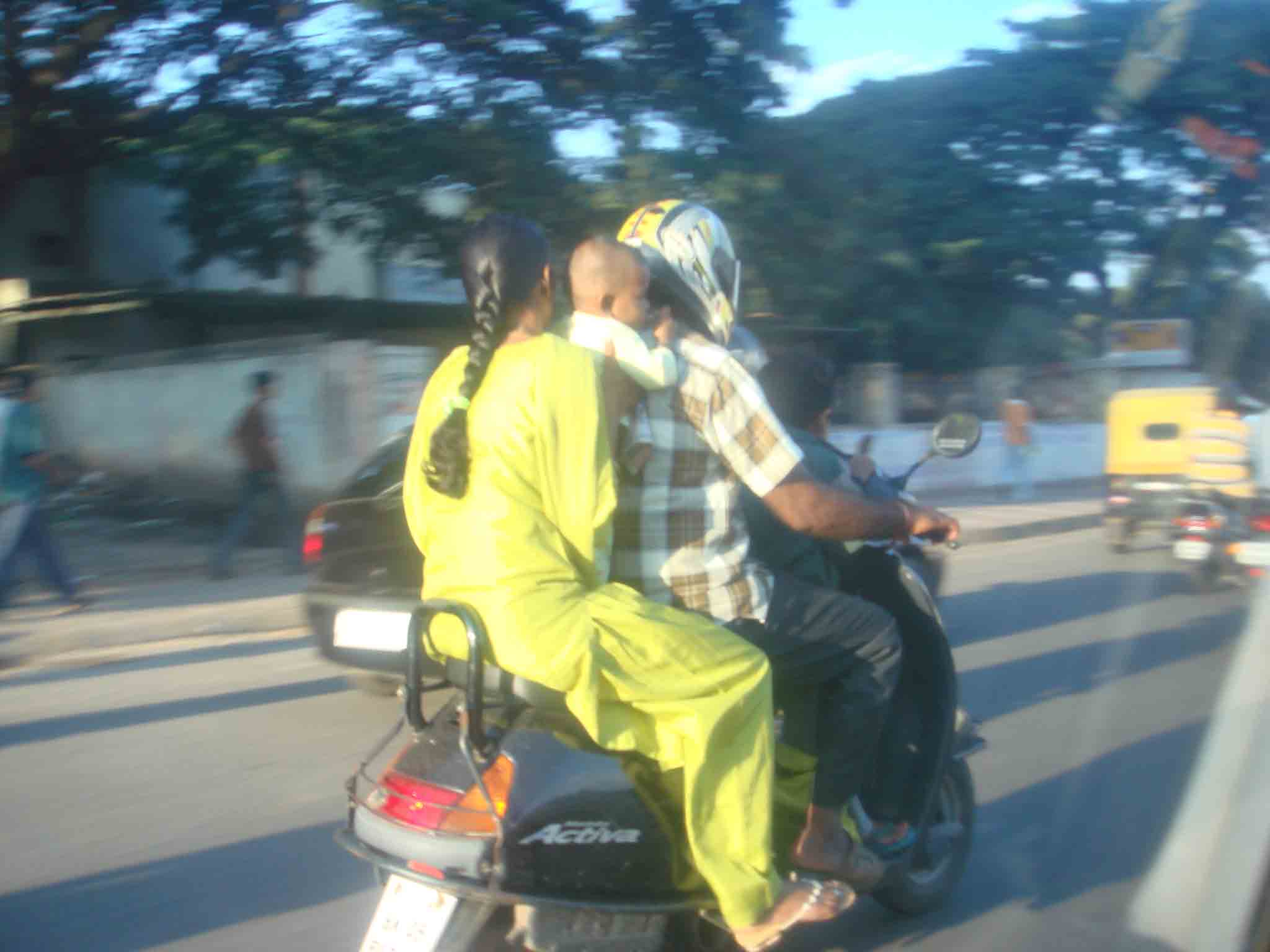 indian_minivan.jpg